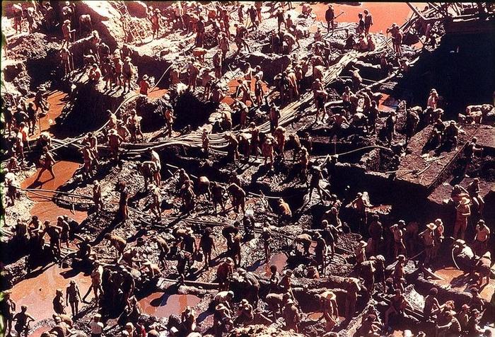 Gold Rush na foto Serra Pelada 6 (700x476, 572Kb)