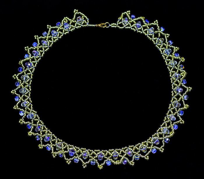free-beading-pattern-necklace-tutorial-16 (700x616, 102Kb)