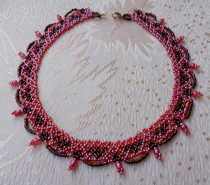 free-beaded-necklace-pattern-11 (700x614, 258Kb)