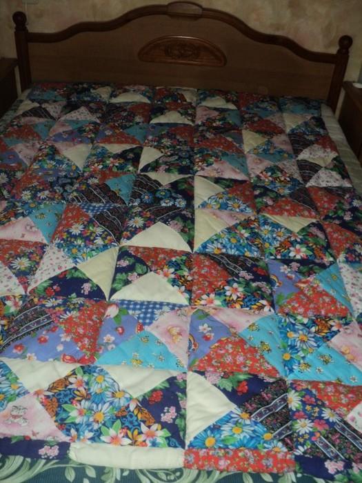 Оригинальная техника лоскутного одеяла из подушечек/1783336_cfecfbef (525x700, 130Kb)