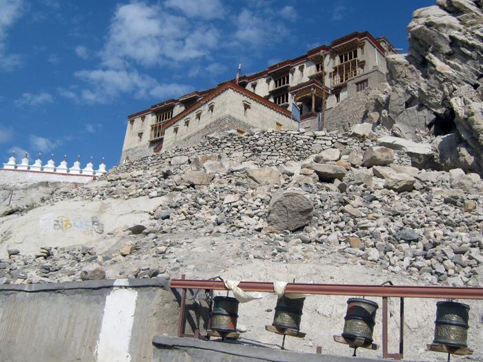 Индия, Ладакх, окрестности Леха, монастырь Shey Palase 1 (2) (700x525, 188Kb)