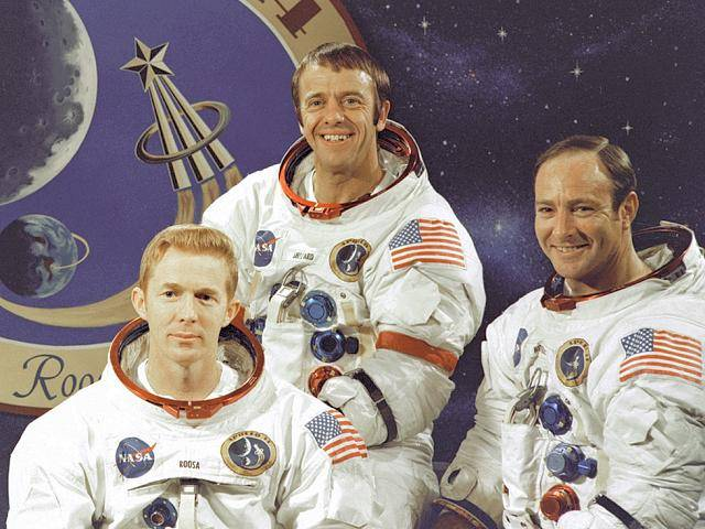 Apollo_14_crew (640x480, 59Kb)