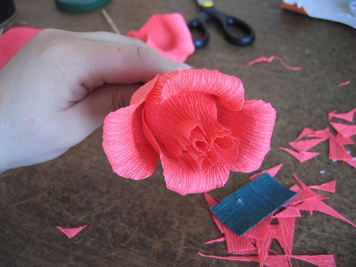 Цветы из салфеток и конфет своими руками мастер класс