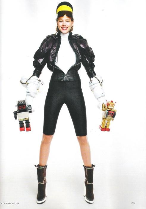 Фрея Бея Эриксен на страницах Vogue UK October 2011