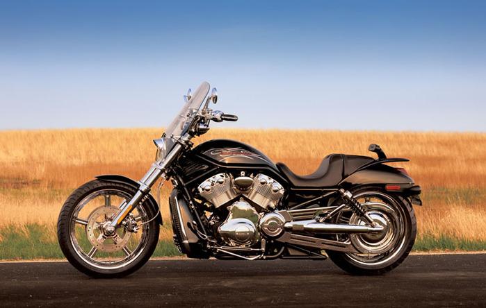 f5143__2005-HarleyDavidson-V-Rod-VRSCB (700x444, 102Kb)