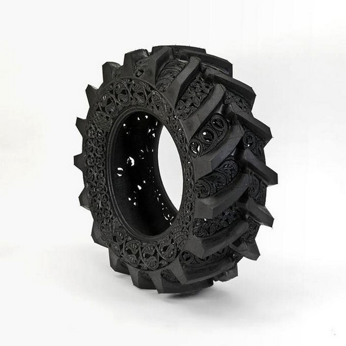 Hand-carved-car-tyres_1 (700x700, 73Kb)
