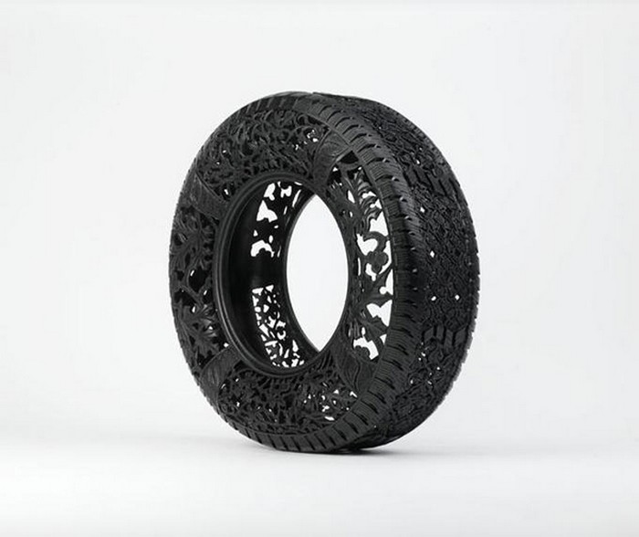 Hand-carved-car-tyres_3 (700x588, 58Kb)