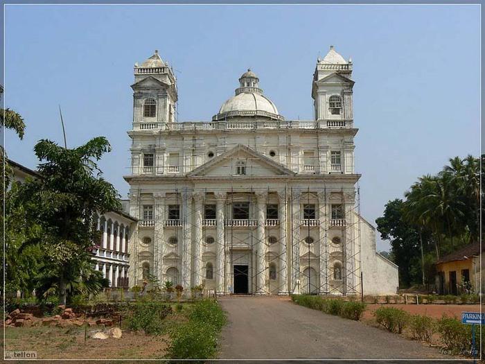 Церкви Гоа copy (700x525, 120Kb)