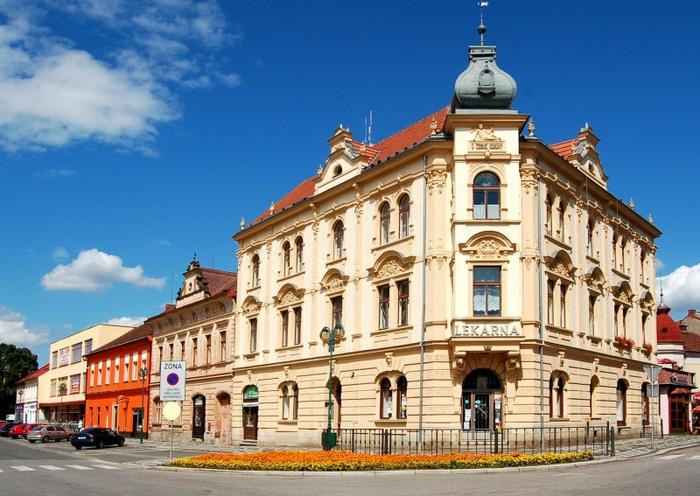 800px-Чехия,_Лазне_Белоград (700x496, 157Kb)