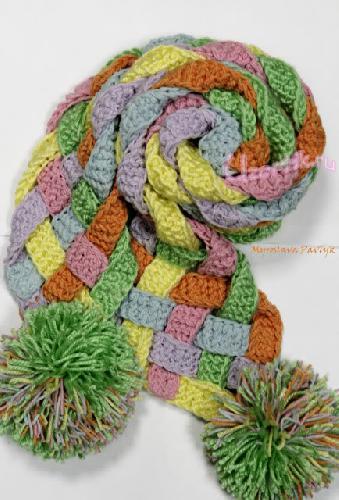 2011-04-08. Плетёный шарфик из полосок связанных крючком.
