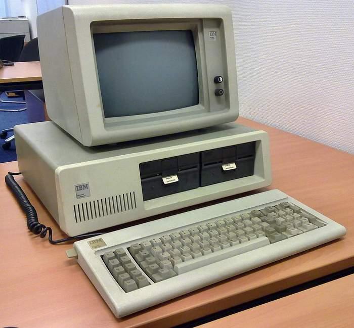 первый компьютер в мире википедия для