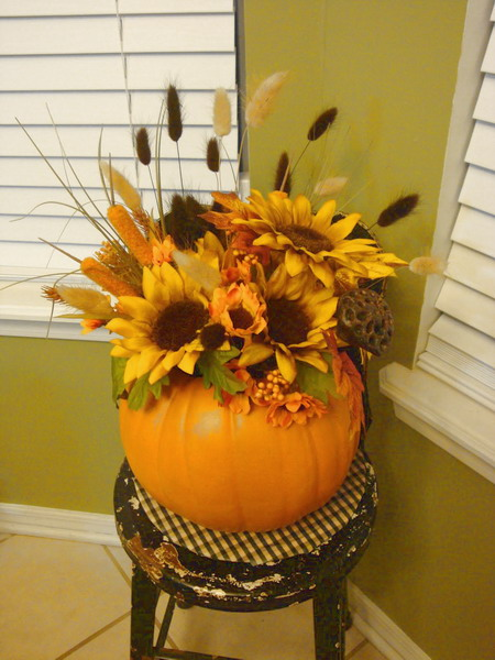 pumpkin-as-vase-creative-ideas16 (450x600, 79Kb)