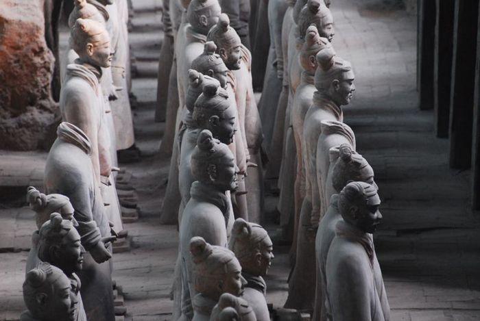 Терракотовая армия первого императора Китая в Сиане 28081