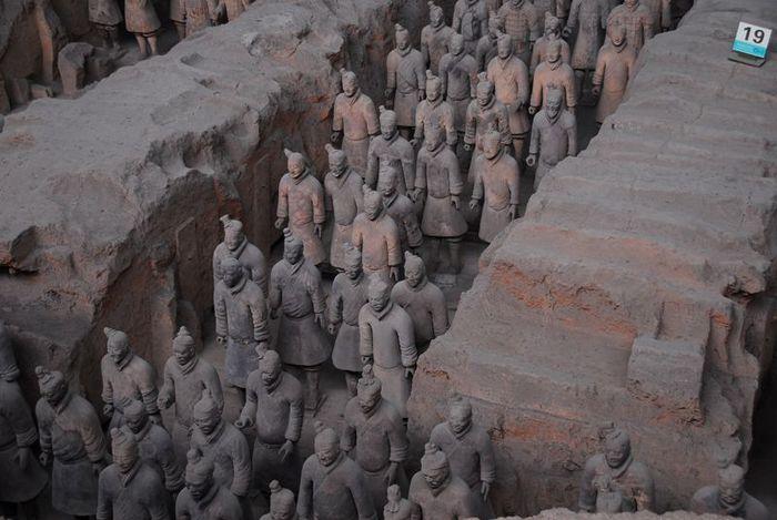 Терракотовая армия первого императора Китая в Сиане 16288