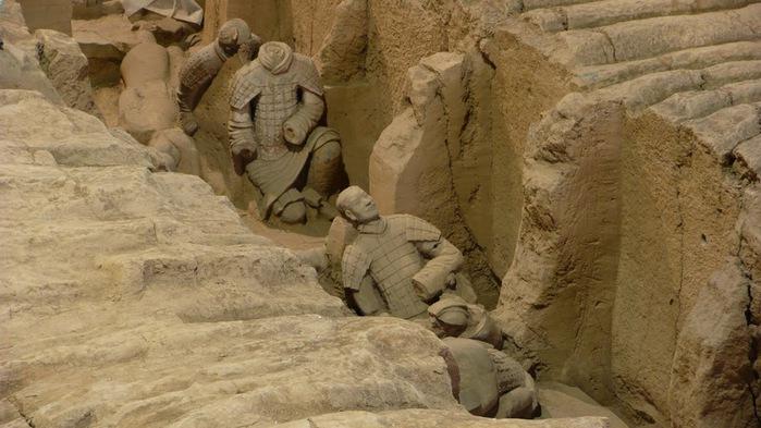 Терракотовая армия первого императора Китая в Сиане 24397