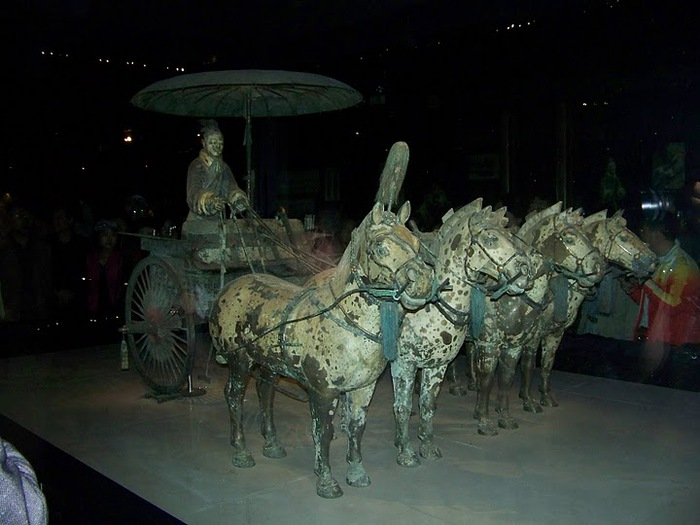 Терракотовая армия первого императора Китая в Сиане 12049