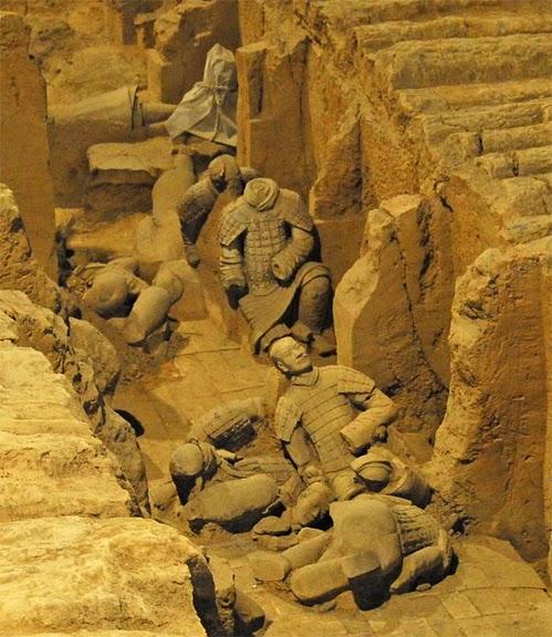 Терракотовая армия первого императора Китая в Сиане 24929