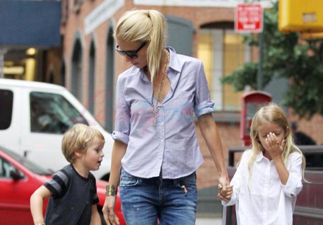 Гвинет пэлтроу и ее муж дети фото
