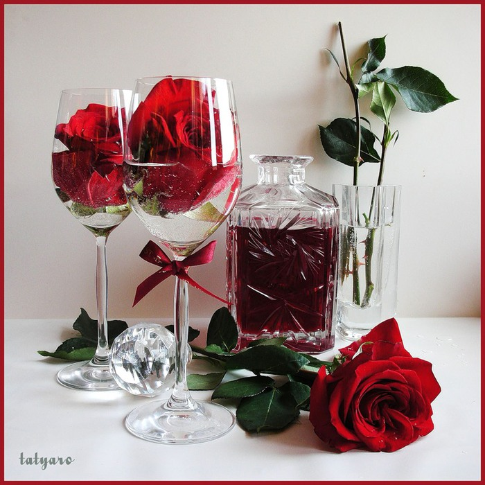 60705723_vino_i_rozi (700x700, 134Kb)
