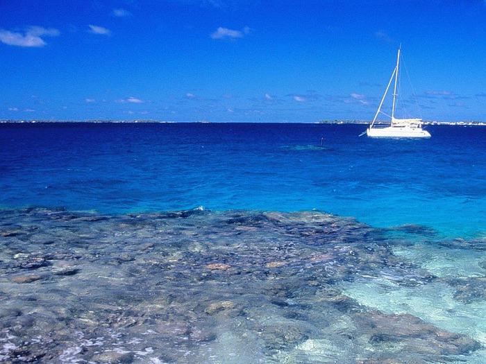 Easy Sailing, Manihi, Tahiti (700x525, 137Kb)