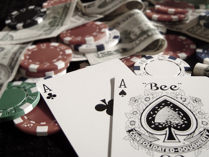 1317550686_poker (700x525, 109Kb)