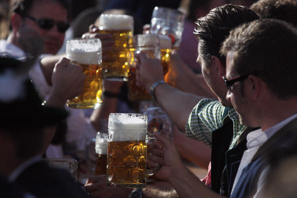 Oktoberfest+2011+Last+Day+TWgJDJlNXH5l (594x396, 61Kb)