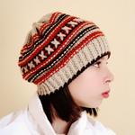 """Такова вязаная шапка  """"Осенний вечер """".  Для бабушек, конечно, цветовую гамму."""