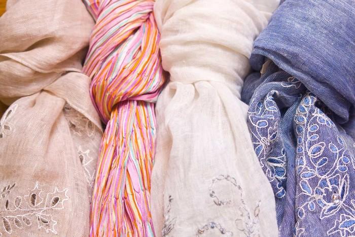 25 вариантов как повязать платок на шею