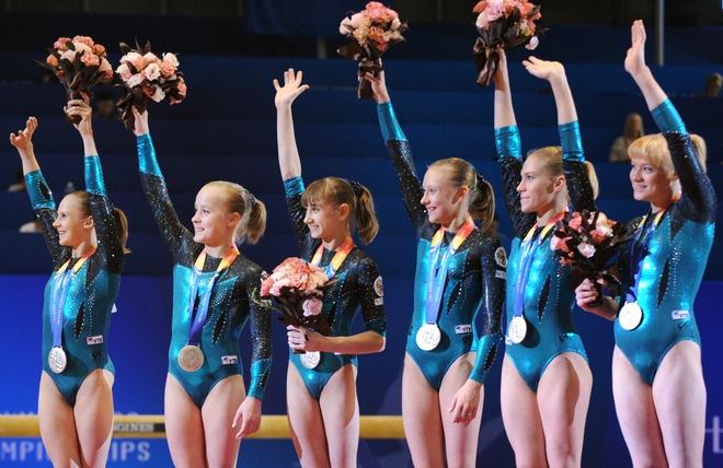 Юные девочки гимнастки фото голые 4 фотография