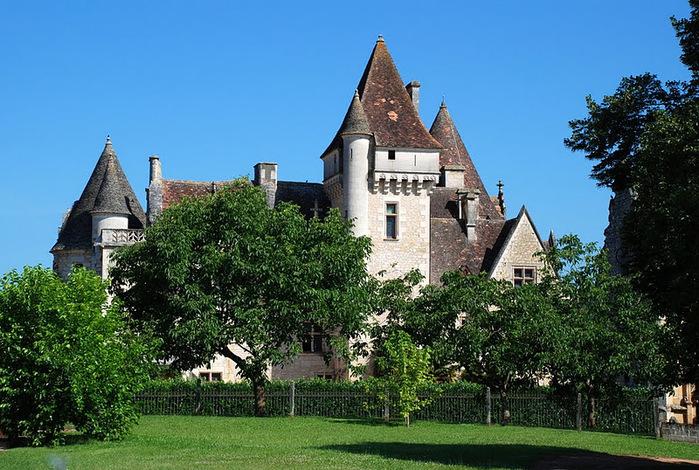 замок в Миланде (Chateau des Milandes). 82735