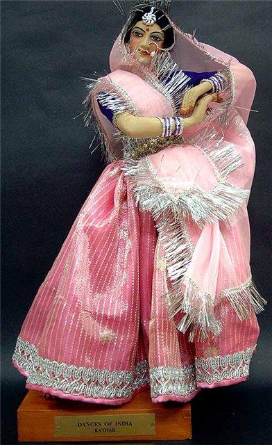 танцовщица в стиле КАТХАК  (3) (392x640, 78Kb)
