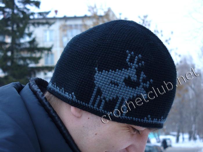 jakkardovaya_shapochka_oleni (700x525, 150Kb)