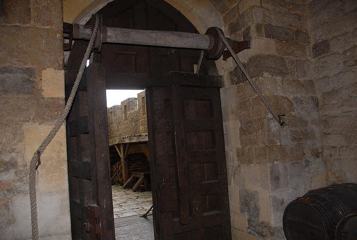 Замок Бейнак (Chateau de Beynac) 75001