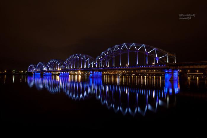 20091031_riga_railway_bridge_1600 (700x466, 74Kb)