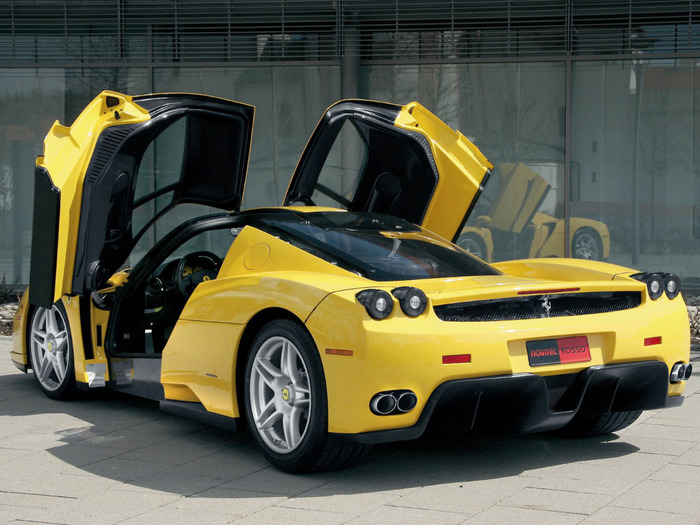 Ferrari-Enzo-Yellow-Car (700x525, 130Kb)