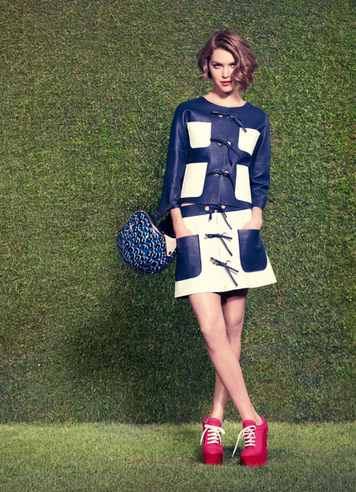 Sofia-Coppola-louis-vuitton-resort-1 (506x700, 196Kb)