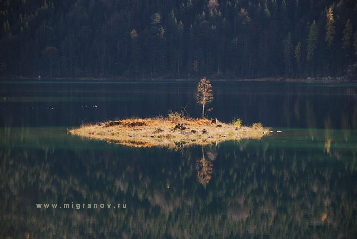 small_island (700x469, 68Kb)