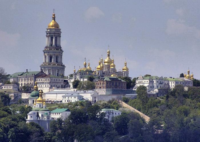 676813_Kiev_Pechersk_Lavra_General (700x498, 133Kb)