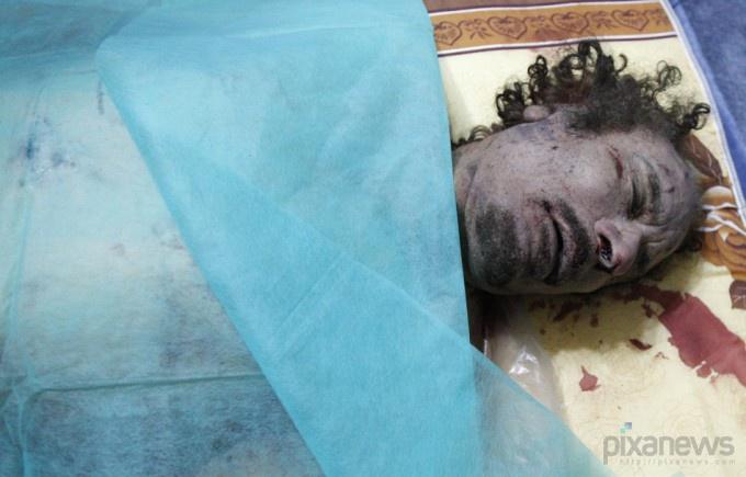 muammar-gaddafi-killed-dead-body-photos1-680x435 (680x435, 85Kb)