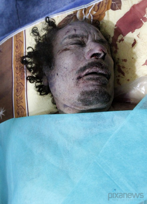 muammar-gaddafi-killed-dead-body-photos2-490x680 (490x680, 105Kb)