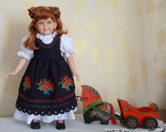 Платье для куклы с вышивкой