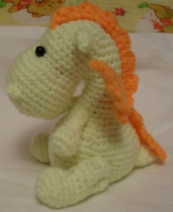 желто оранжевый дракон от меджик (574x700, 311Kb)