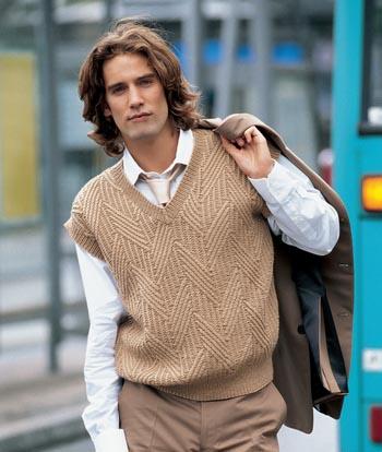 Вязание стильных свитеров с глубоким вырезом