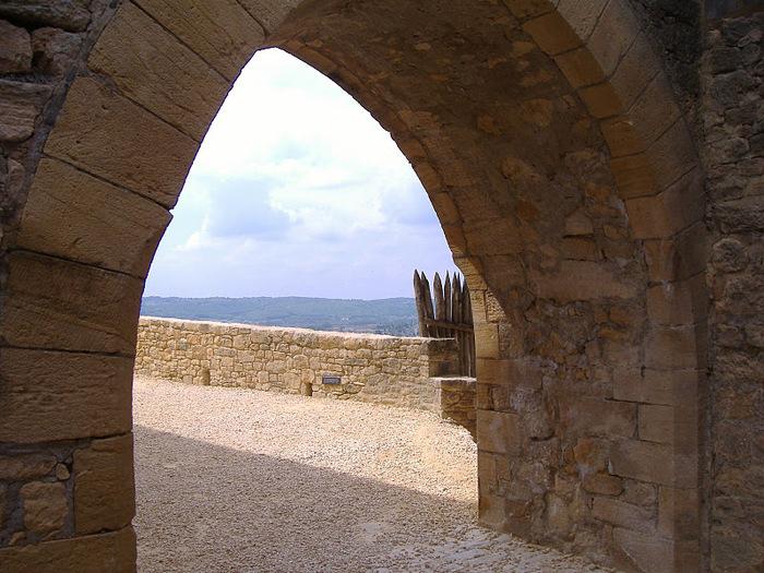 Замок Бейнак (Chateau de Beynac) 94130
