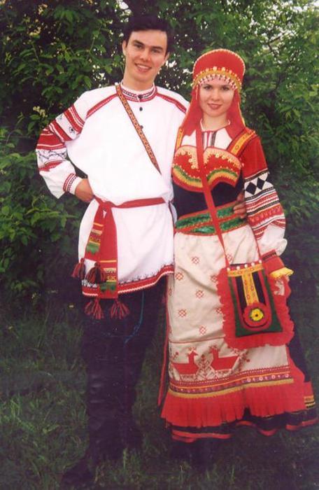 Русские девушки не носили пусть даже
