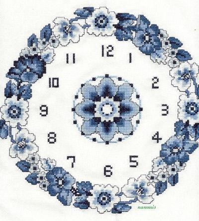 часы вышитые