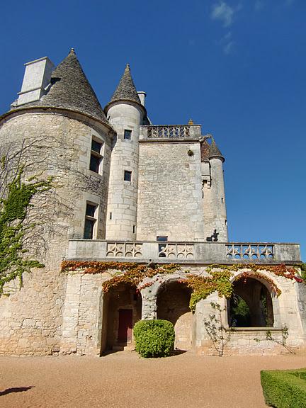 замок в Миланде (Chateau des Milandes). 20209
