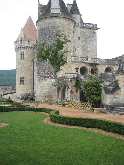замок в Миланде (Chateau des Milandes). 93155