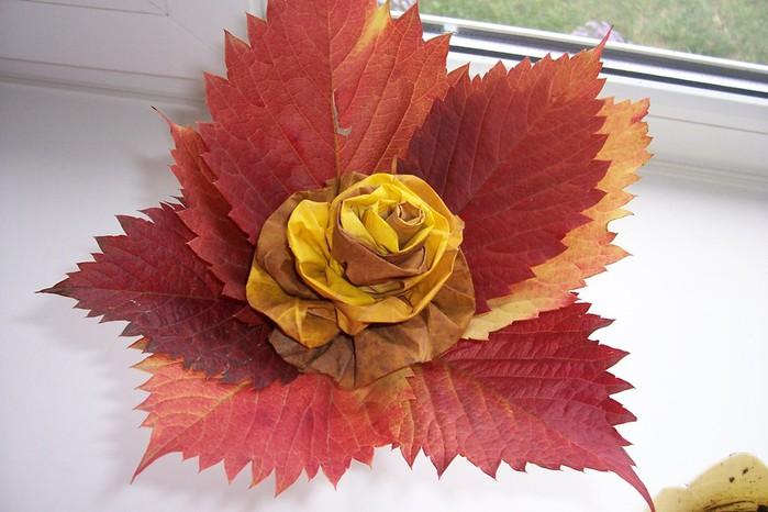 Цветы из листьев клена своими руками 45