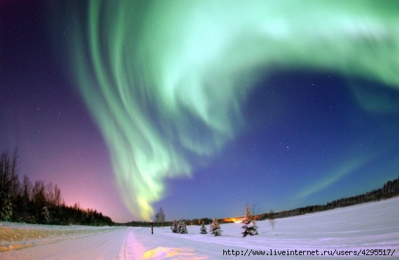 феномен/4295517_1319704979_light_fenomen_06 (570x371, 84Kb)